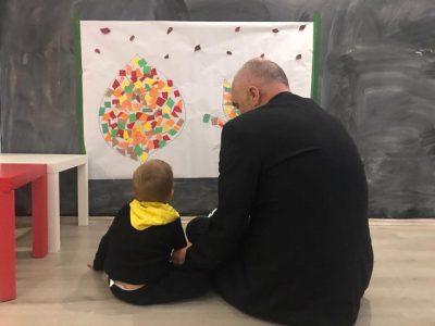 Edi Rama poston videon e rrallë me Zahon dhe Lindën: Shihni sa është rritur djali i kryeministrit