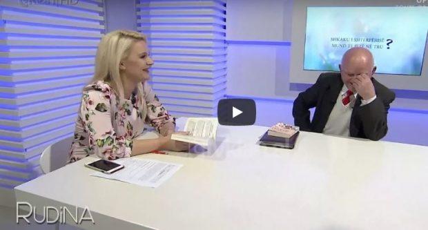 Rudina vë në siklet profesorin: Nuk flas dot për këtë se më vjen zor… (VIDEO)