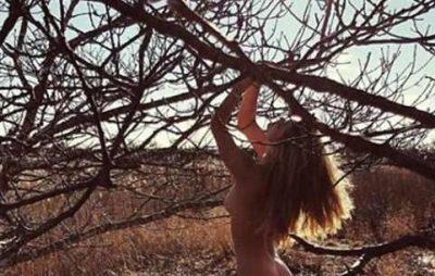 """""""Çmendet"""" një tjetër ish-e dashur e DiCaprio, nudo në pyll (FOTO)"""