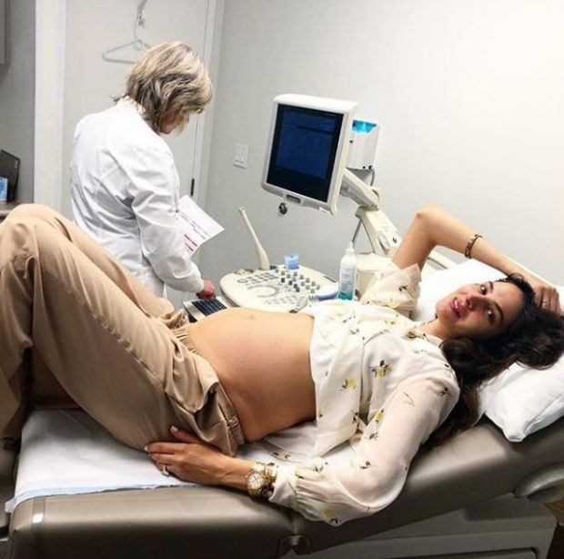Ç'PO NDODH/ Në muajin e 8 të shtatzënisë, sëmuret modelja shqiptare dhe fillon me…(FOTO)