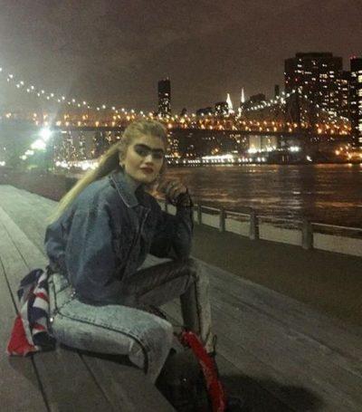 Vetulla e 21-vjeçares u kthye në fobi për Instagram-in: Shkatërroi normat e bukurisë