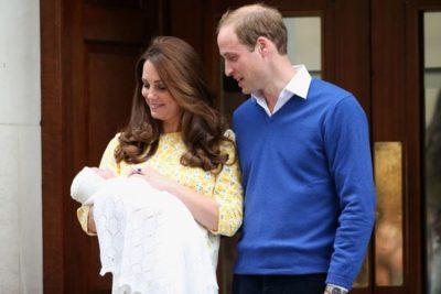 Lind Dukesha e Kembrixhit,vjen në jetë djali i Kate dhe William (FOTO)