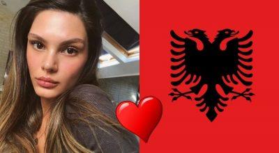 Almeda Abazi në dashuri me motivet shqiptare, e kapin MAT duke… (VIDEO)