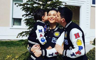 """""""Dashuria ime"""", Ami poston FOTON e adhurueshme të Ermalit me Joelin në krahë"""