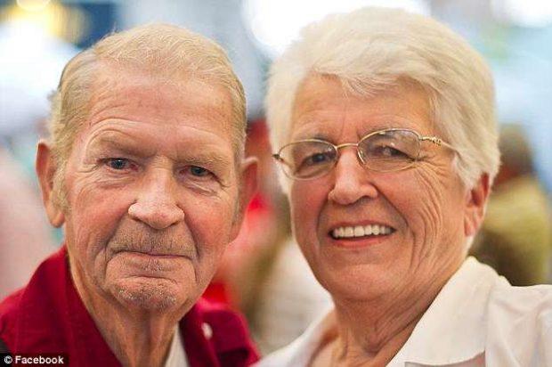 FOTOT: Historia e çiftit që u divorcua në rini dhe u rimartua pas 50 vjetësh në pleqëri