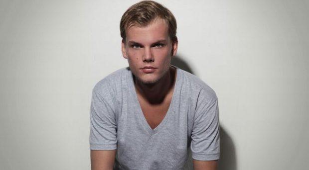 TRONDITET bota e muzikës/ Avicii Dj i famshëm vdes papritur në moshën 28 -vjeçare dyshohet se…