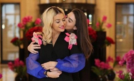 MIKE APO RIVALE?! Këto janë vajzat e famshme shqiptare që janë shoqe të ngushta (FOTO)