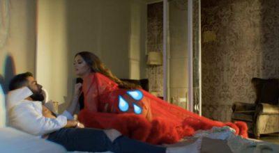 VIDEO nga prapaskenat: Enca tregon si realizoi skenat erotike me modelin: Ishte shumë…