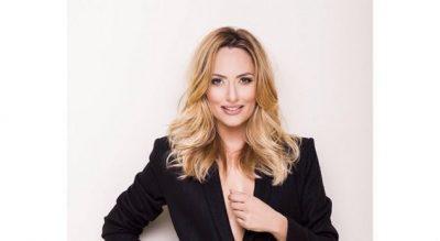 """Eneda Tarifa prezanton """"të ftuarën speciale"""" në Voice!"""
