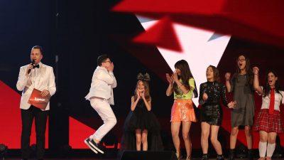 """Ja kush është DENISI fituesi """"The Voice Kids of Albania""""! Njihuni me TALENTIN më të ri"""