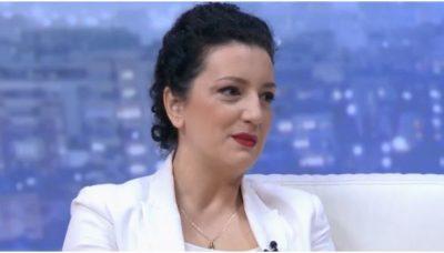 Përtej tavolinës së lajmeve, Mirela Milori si mama: Më tremb adoleshenca e djalit tim