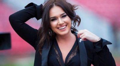 E lagur dhe sexy…Ilda Bejleri provokon me postimet e saj (FOTO)