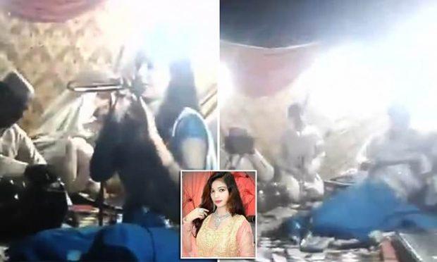 Refuzoi të kërcejë gjatë performancës, këngëtarja shtatzënë qëllohet për vdekje (VIDEO)