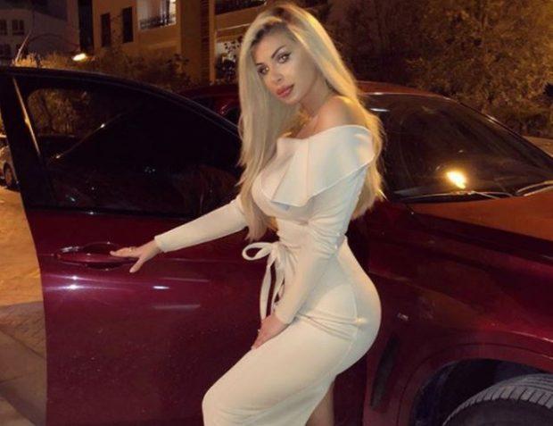 """RIKTHEHET Luana Vjollca! Me minifund dhe makinën luksoze, moderatorja """"çmendi"""" fansat (FOTO)"""