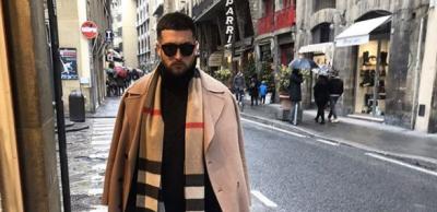 LA NAM! Moderatori i njohur shqiptar habit fansat: Poston VIDEO në tualet gjatë nevojave personale