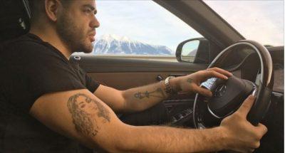 Këngëtari shqiptar feston ditëlindjen, Noizy ka një surprizë që do t'ju shkrij së qeshuri! (VIDEO)
