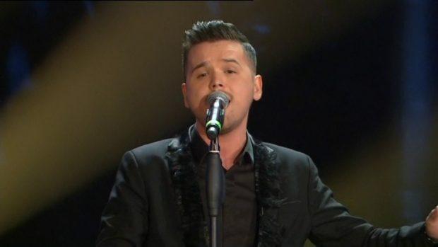 Ju duken të ngjashme? Kënga e re e Ylli Limanit ndan ndjekësit online (VIDEO)