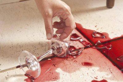 Theu gotën e verës tek shtëpia e vjehrrës: Nusja shokohet nga ç'ndodhi më pas