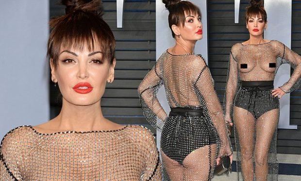 Ç'a kishit me Bleonën?! Kendall nxori thit**at në tapetin e kuq dhe prit kur të bëhet trend i …(FOTO)