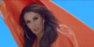 """""""VJEN FUQISHËM""""/ Albërije Hadërgjonaj """"PUSHTON VENDIN"""", sjell këngën e saj më të re (VIDEO)"""