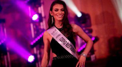 """""""RRËMBEN KURORËN""""/ Kosovarja Fatime Gashi shpallet Miss Manchesteri për 2018-ën (FOTO)"""