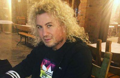 Shikoni si duket Sabiani pa flokët e gjatë, të verdha dhe kaçurrela. Ndryshim drastik! (FOTO)
