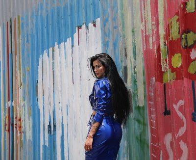 Sapo bëri hitin më të fundit: Këngëtarja shqiptare do të luajë në një film turk (FOTO)