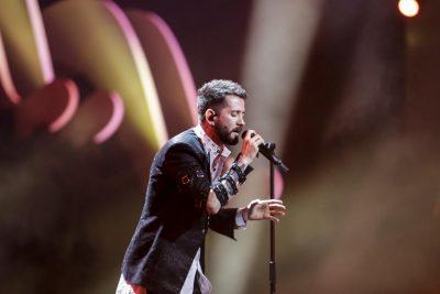 """SOT EUROSONG 2018/ Eugent Bushpepa me """"MALL"""" do të ngjitet në skenë i…"""