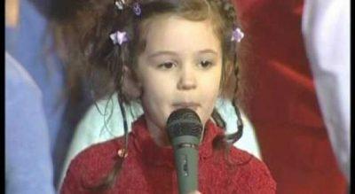 """A ju kujtohet vogëlushja që e këndonte këngën """"Daba Daba"""", kaq seksi s'e keni menduar se bëhet"""