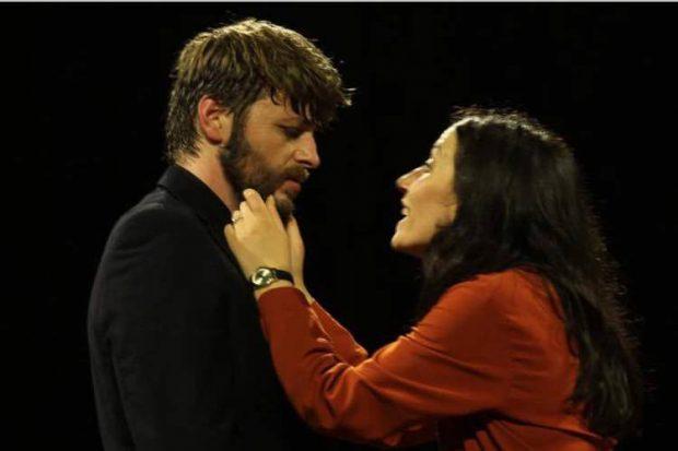 """Ledjon Zoi rrëfen """"Kënaqësitë e tradhtisë"""": Unë dhe ajo në skenë me përjetimet e…"""