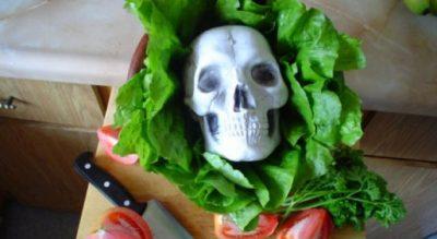 Ekspertët japin alarmin për sallatën jeshile: Është e rrezikshme!