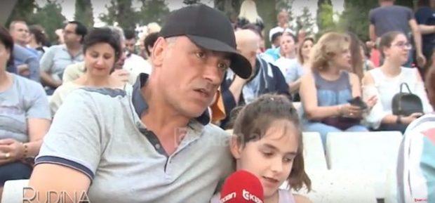 """""""Bëmë baba të të ngjaj""""/ Kamerat kapin MAT Arian Çanin me të bijën! Shikoni si duket vogëlushja (FOTO)"""