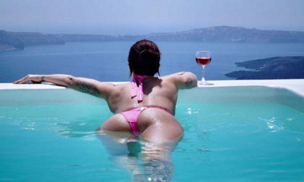 Cili është ky mashkull para të cilit Dafina Zeqiri bën twerk dhe kërcim hot? (VIDEO)