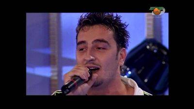 """Pas 13 vitesh """"i zhdukur"""", këngëtari rrëfen: Partnerja më lutet t'i kthehem muzikës"""