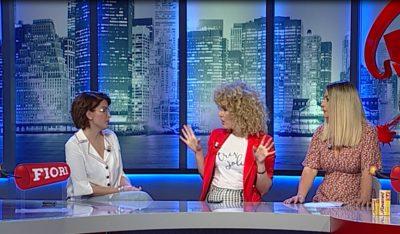 """Gazetarja SHPËRTHEN ndaj """"princeshave mbi bizele"""": Me trahana dhe groshë jemi rritur të gjithë! (VIDEO)"""