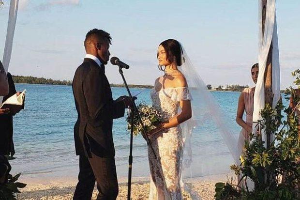 VISHET ME FUSTAN TË BARDHË/ Supermodelja publikon fotot e para nga dasma