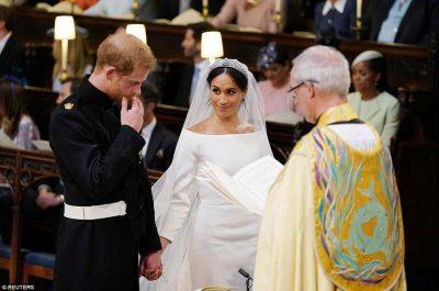 Publikohen FOTOT zyrtare të dasmës mbretërore, janë thjesht të mrekullueshme