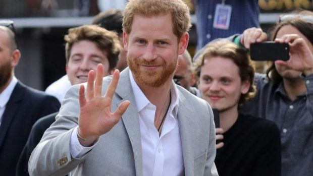 Nga shkolla fillore tek ekipi i preferuar, 31 gjëra që nuk i keni ditur për Princin Harry