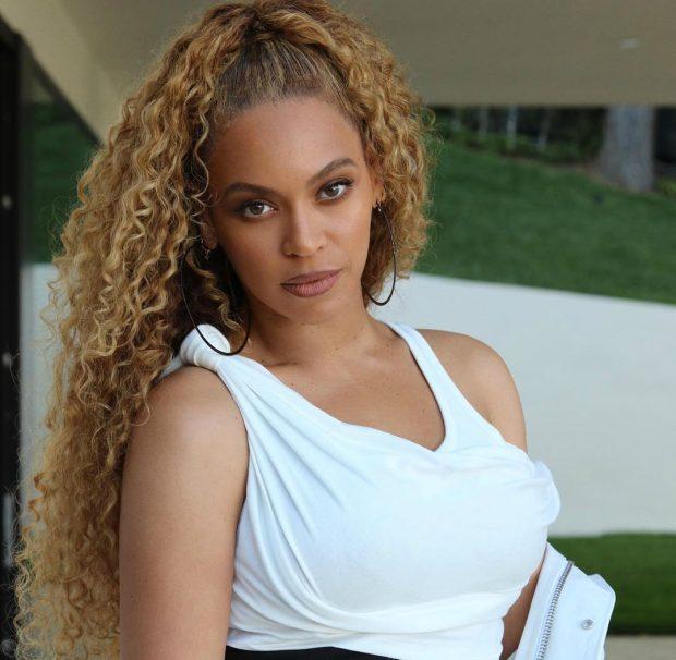 Incidenti i frikshëm: Beyonce tmerrohet pasi i ngecin flokët në biçikletë gjatë stërvitjes