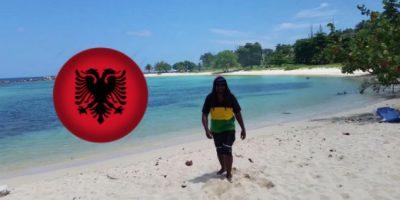 Xhamajkani ju fton të dëgjoni këngën e këtij këngëtari shqiptar (VIDEO)