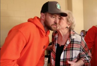 """""""TË DUA…"""" Justin Timberlake surprizon fansen 88-vjeçare (VIDEO)"""