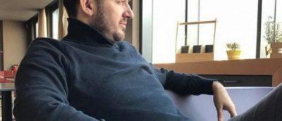 Këngëtari shqiptar i revoltuar me kolegët e tij: Dikur u kam hapur derën…
