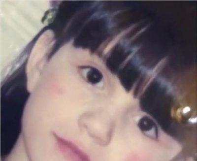 E njihni këtë vogëlushe? Sot është një ndër këngëtaret shqiptare më të njohura (FOTO)