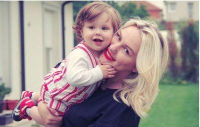 Liani i vogël i kërkon llogari Vesës: Po ai pse s'e propozoi mamin për martesë? (FOTO)