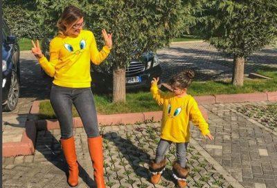"""""""Matchy-Matchy"""" me mamin/ Këto janë nënat shqiptare VIP që janë veshur të paktën njëherë njësoj me fëmijët e tyre"""