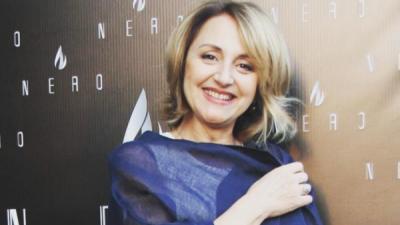 Marjana Kondi rrënqeth me fjalët: Mos i mbyllni jetët e prindërve tuaj në azil… (FOTO)