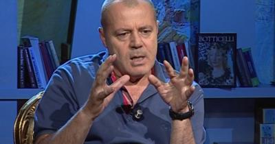 Moderatori shqiptar rrëfen sesi humbi virgjërinë: Ishte një eksperiencë tronditësë, unë isha akoma…
