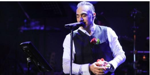 BOJKOTONI këngëtarin Notis Sfakianakis/ LAJMI bën BUJË dhe në mediat greke