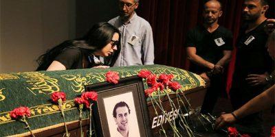 Përcillet për në banesën e fundit aktori turk: Lamtumirë mes dhimbjes e lotësh