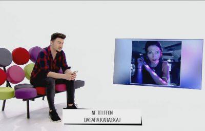 """DEBATI për këngëtarin grek, reagon gazetarja: Sjellja e Notis Sfakianakis në koncert, jo serioze """"psikopate""""…"""